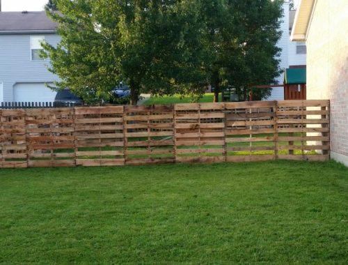 Забор из поддонов своими руками