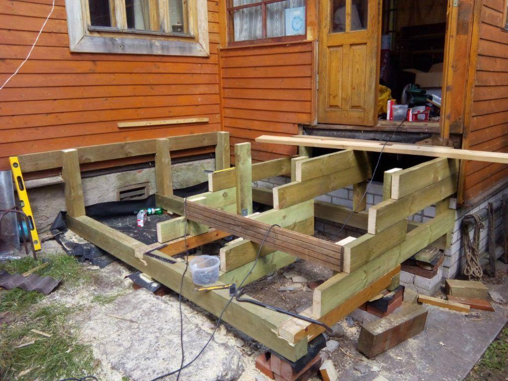 Как построить крыльцо к деревянному дому своими руками