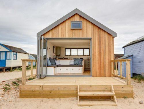 Что дешевле построить дом или купить готовый